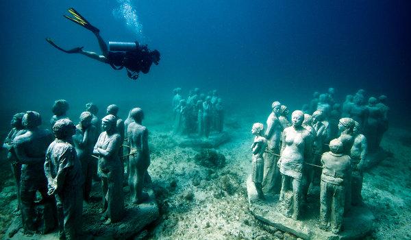 Cancun's Museo Subacuático de Arte (Underwater Museum)