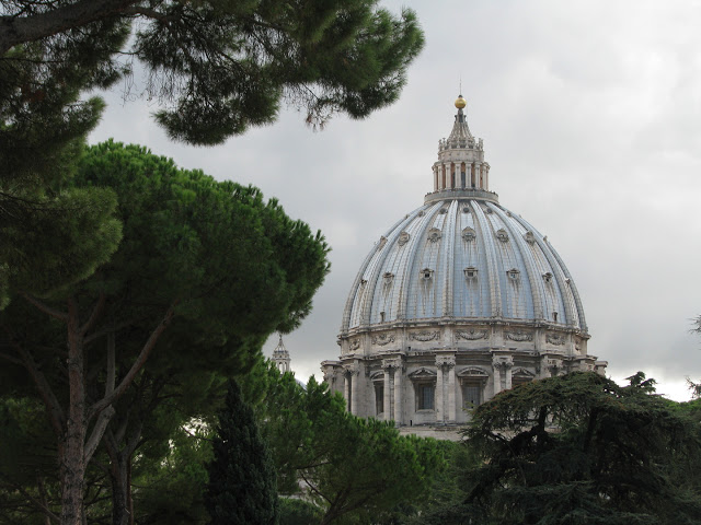 The Papal Conclave and Experiencing the Dolce Vita in Rome
