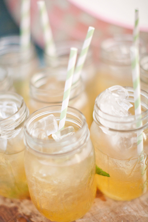 "Thirsty Thursday – Firefly ""Sweet Tea"" Vodka and Lemonade"