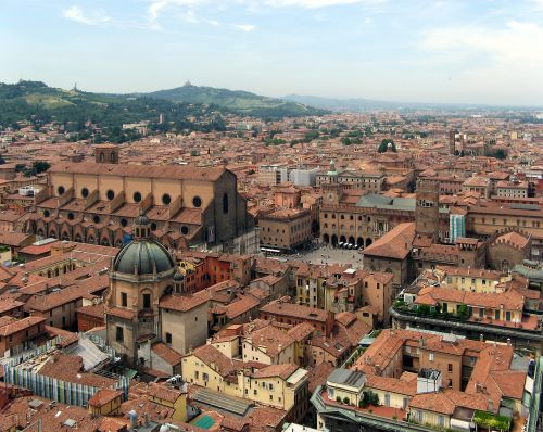 Dispatch from Bologna, Italy ~ Guest Post from Crista Carr Shatz