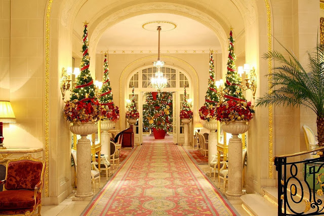 Hotels Get Dressed Up For The Holidays