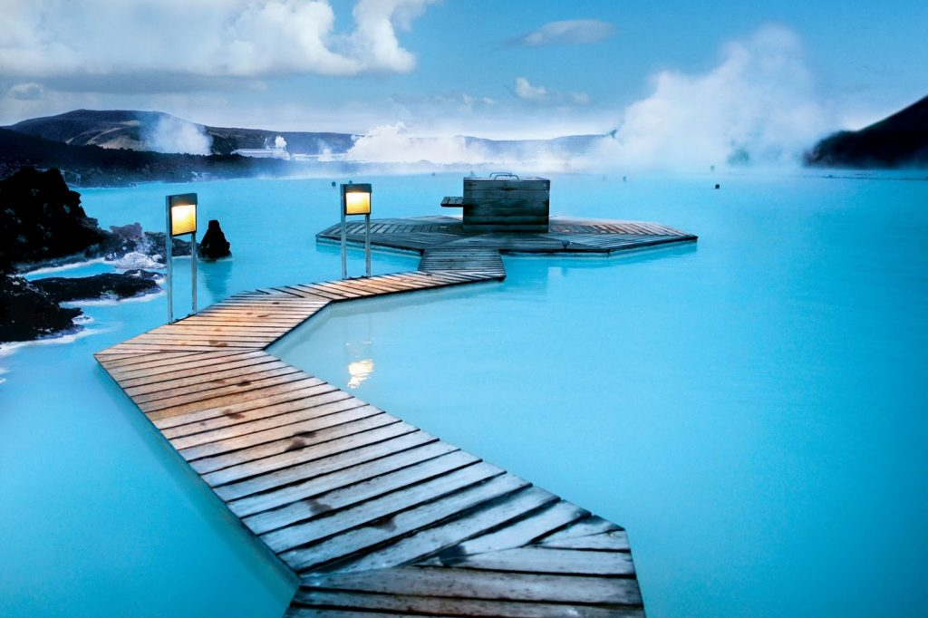 blue-lagoon-golden-circle-and-northern-lights-0