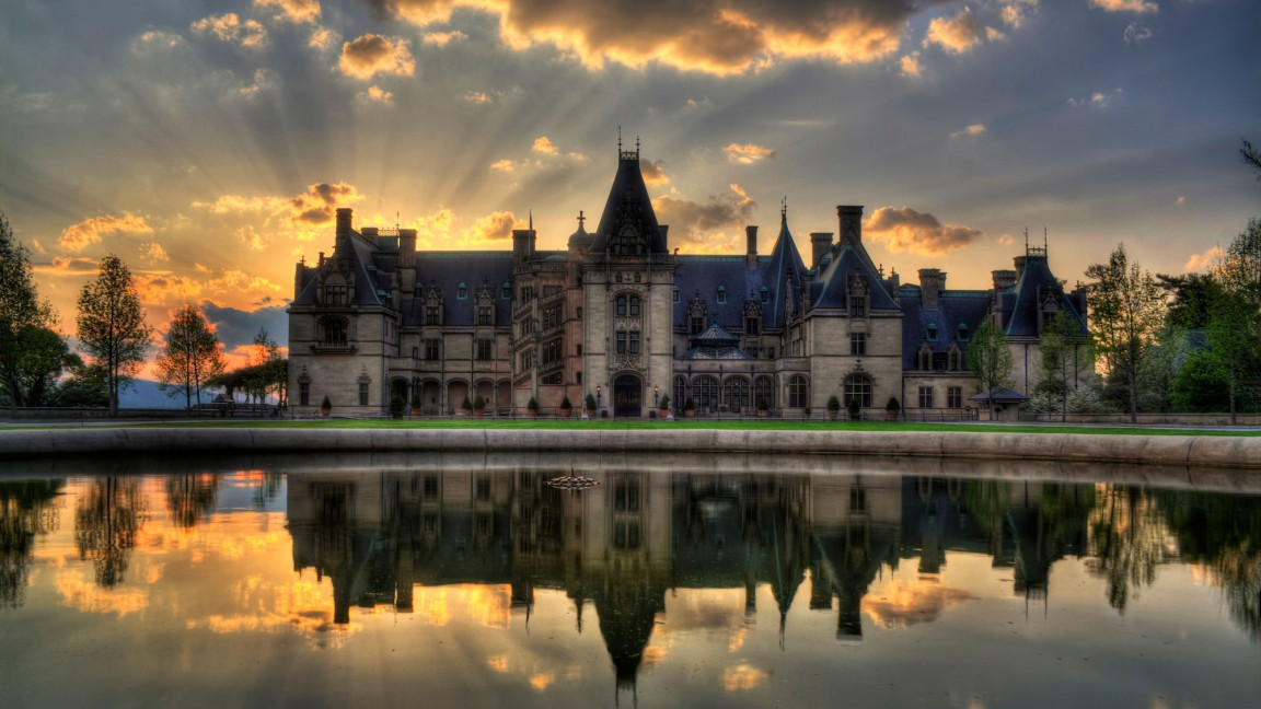 0928_FL-biltmore-house-and-gardens_2000x1125-1152x648