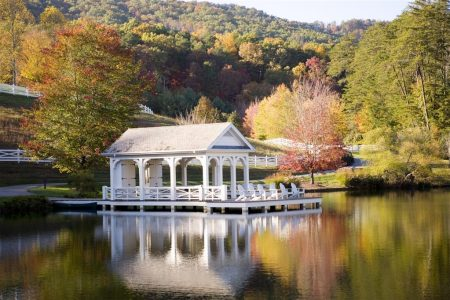 Welcome to October ~ Five Luxury Resorts to Celebrate Fall!